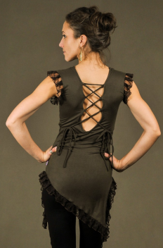 T42 - Top in Viscose-lycra with assymetric down peaks, linked backless and crumpled lace