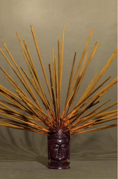 Encens naturel SWAMI - Cynamone, Cardamone, Gimgembre et Clou de girofle